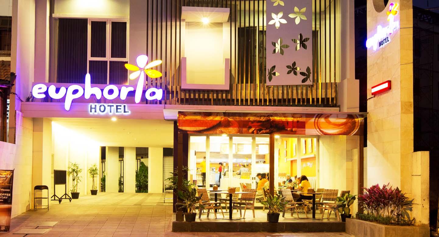 f. Cafe 2